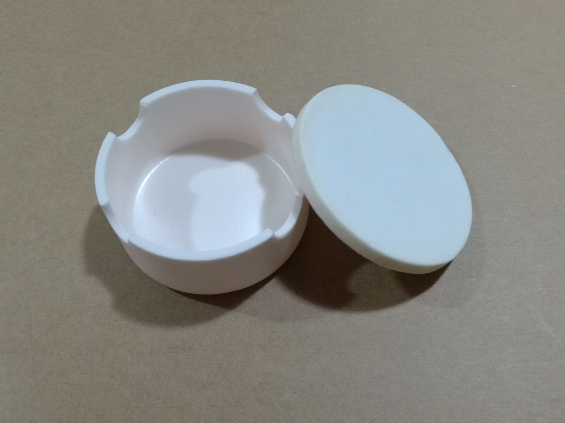 Sinter Bowl,90mm x35mm,With Lid,Grooved side